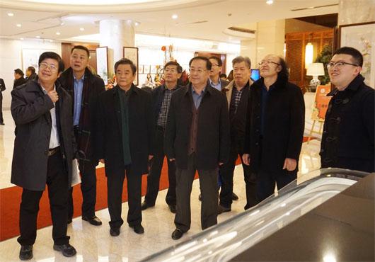 民盟省委领导出席盟员李善杰教授国画作品展