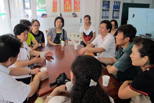 民盟山东歌舞剧院支部赴甸柳第一社区开展社区服务